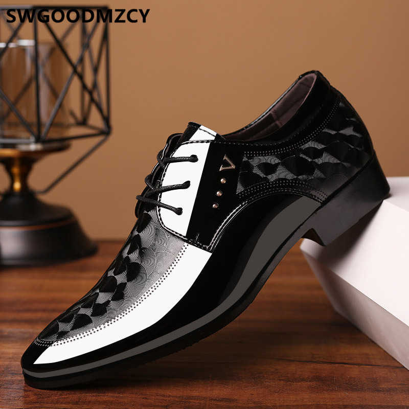 Sapatos formal dos homens clássicos da marca italiana vestido marrom sapatos oxford para homens Coiffeur luxo designer italiano homens sapatos de casamento escritório vestido 2019 tamanho grande 48 zapatos de hombre ch