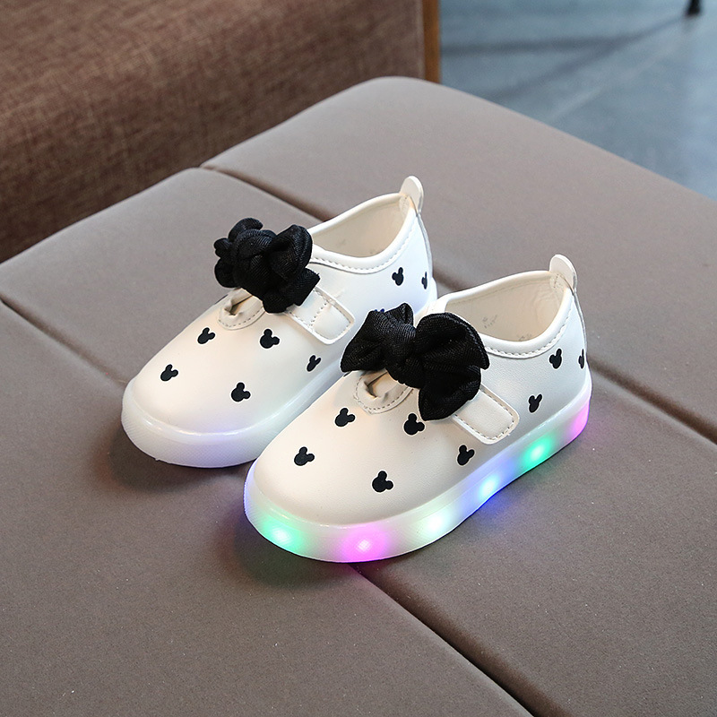 Hot Sales LED Lighted Baby Girls Shoes Butterfly Fashion Children Casual Shoes Soft Hot Sales Kids Casual Shoes Infant Toddlers
