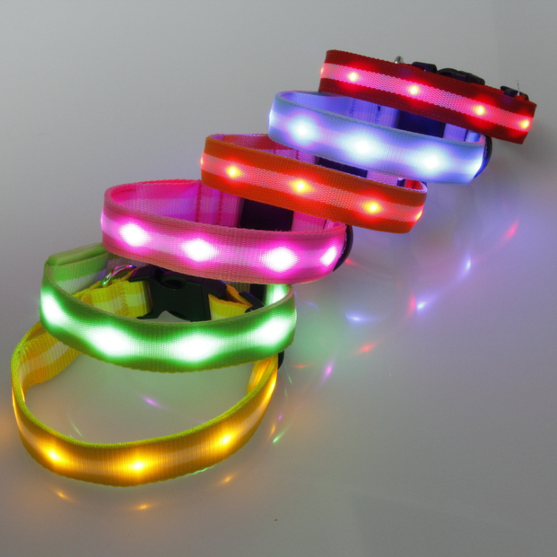 Good Brand 2.5 Cm Stripes Light Belt LED Shining Light Belt Dog Neck Ring Pet Lamp Beads Neck Ring 6-Color