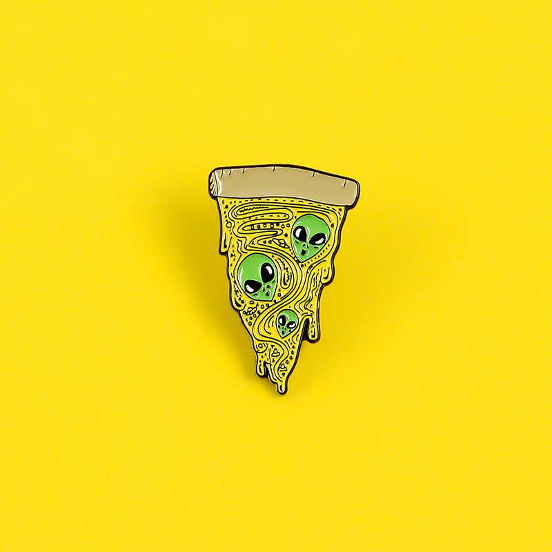 ET Pizza Emaille Pin Benutzerdefinierte Alien Scheibe von Pizza Broschen für Hemd Revers Tasche Punk Abzeichen Lustige Lebensmittel Schmuck Geschenk für Freunde