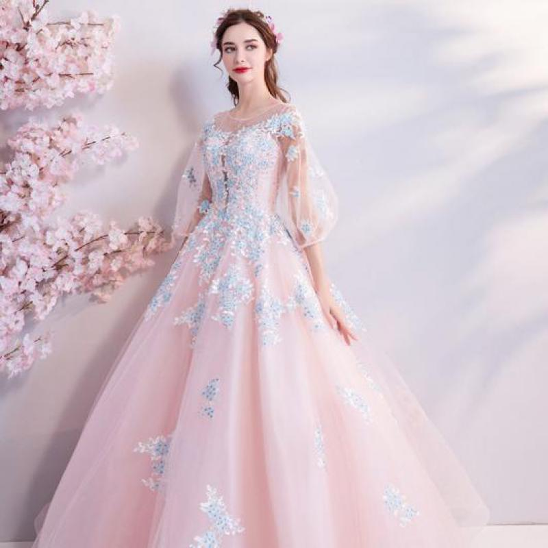 2019 New Young Mom Lace Elegant Slim Embroidered Long-sleeved Long Banquet Wedding Dress