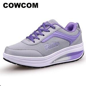 Image 1 - COWCOM Весенняя спортивная обувь, женская обувь для отдыха, увеличивающие рост туфли на толстой подошве, женская обувь фиолетового цвета, размеры 33