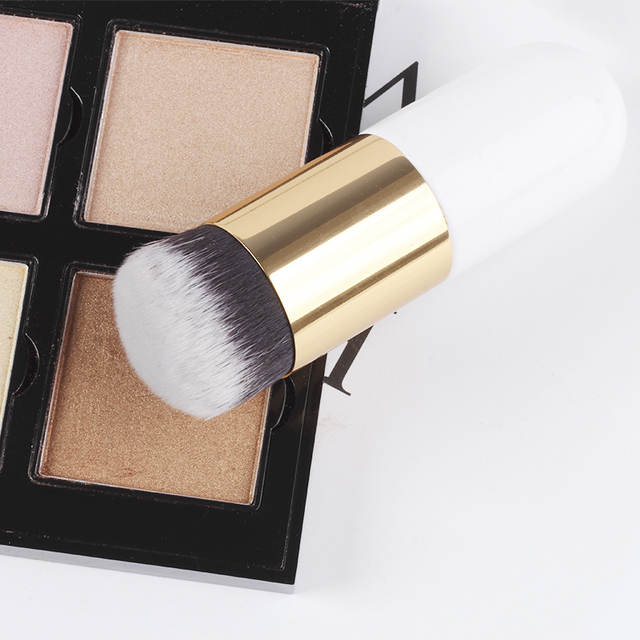 1pc Professional Chubby Pier Foundation Brush 5Color Makeup Brush Flat Cream Makeup Brushes Professional Cosmetic Make-up Brush 2