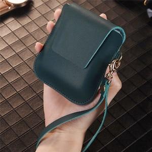 Image 4 - עור אמיתי רך מגן מקרה תיק הטלפון Z Flip טלפון אביזרי עמיד הלם כיסוי אחסון תיק פאוץ
