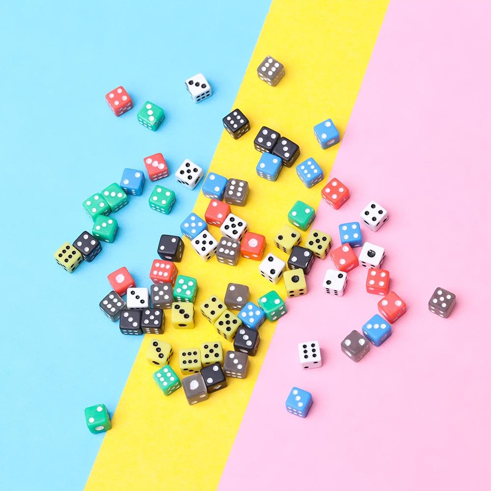 Акриловые Кубики, 50 шт., 6 цветов, цифровой декор для напитков, круглые угловые кости, игральные кости для вечеринок, инструменты для развлечения|Кубики|   | АлиЭкспресс