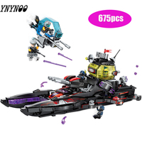 675pcs Children's building blocks toy Compatible Legoingly city Technology era black shark cruiser ship figures Brick