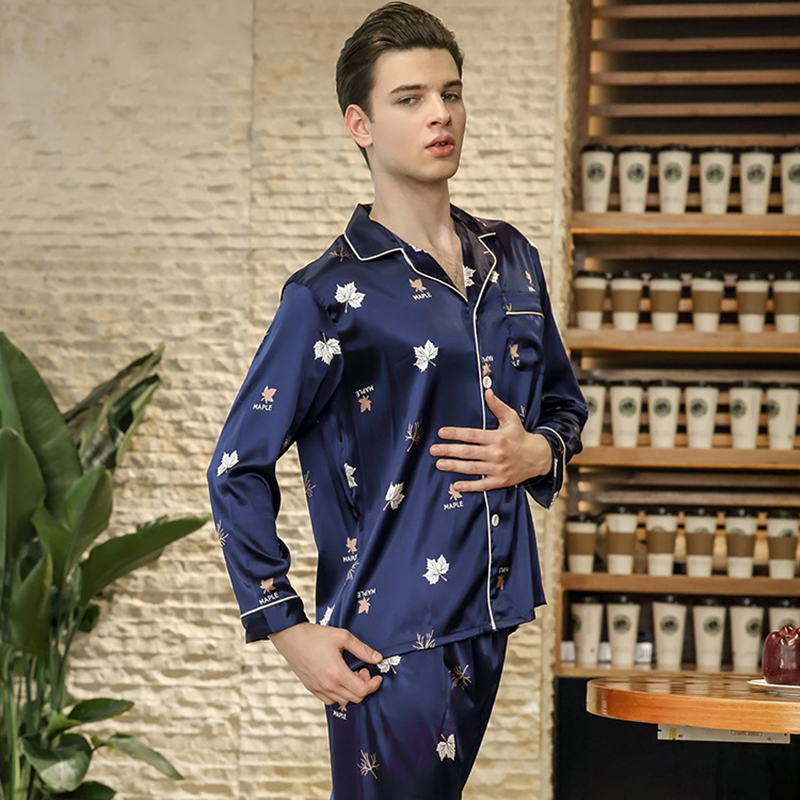 2018 Men's Imitated Silk Pajama Set Male Pajamas Silk Sleepwear Long Sleeve And Pants Spring Modern Style Soft Cozy Home Clothes