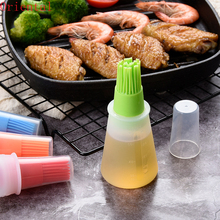 1Pcs Portable Silicone Oil Bottle with Brush Grill Oil Brushes Liquid Oil Pastry Kitchen Baking BBQ Tool Kitchen Tools