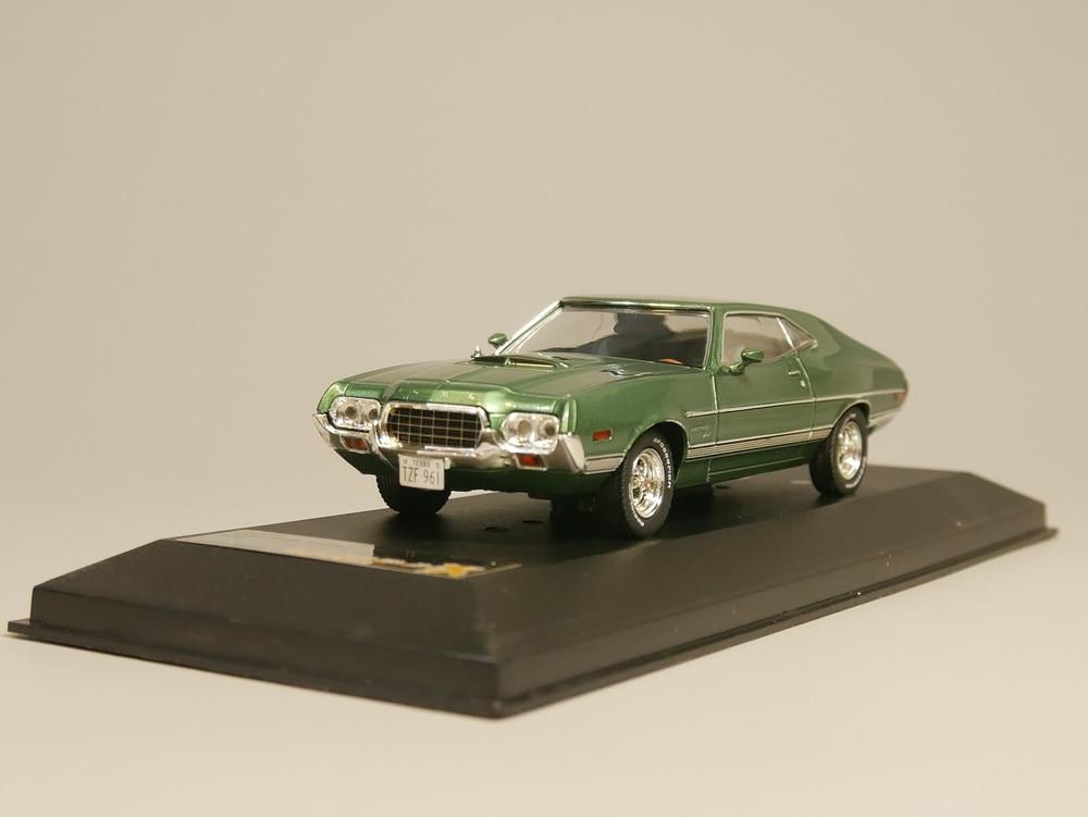 PREMIUM X 1:43 Ford Gran Torino 1972 Diecast model car
