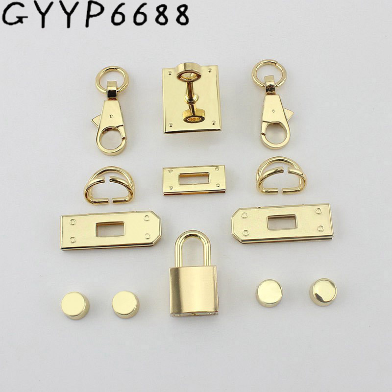 New Rectangle Eyelets Lock Hanger For Bags Hardware Wholesale Fashion A Set Of Locks Fittings Woman Bag Handbags Purse