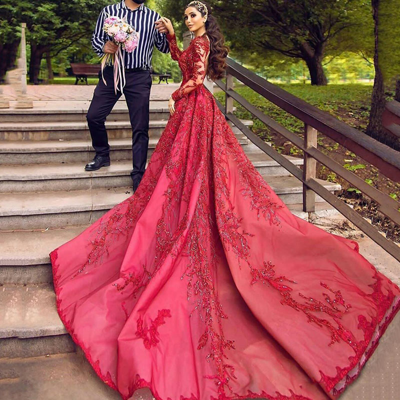 Red kaftan Evening Dresses Lace Beaded Appliques Sequins Prom Dress A Line Custom Made Special occasion dresses Long Tail
