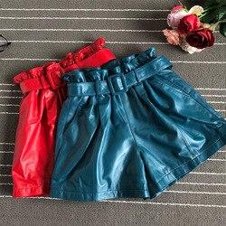 2019 Herfst vrouwen schapenvacht brede-been Shorts Chic riem echte leer hoge taille korte broek A711