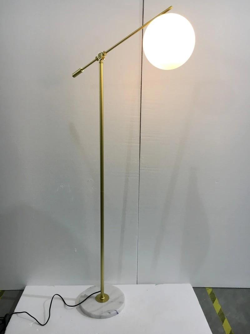 lampada de chao vidro com base 04