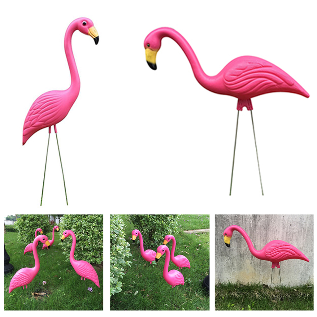 2 Pieces Retro Pink Flamingo Garden Stakes Outdoor Statues Ornaments Plastic Gardening Art Christmas Whimsical Gifts