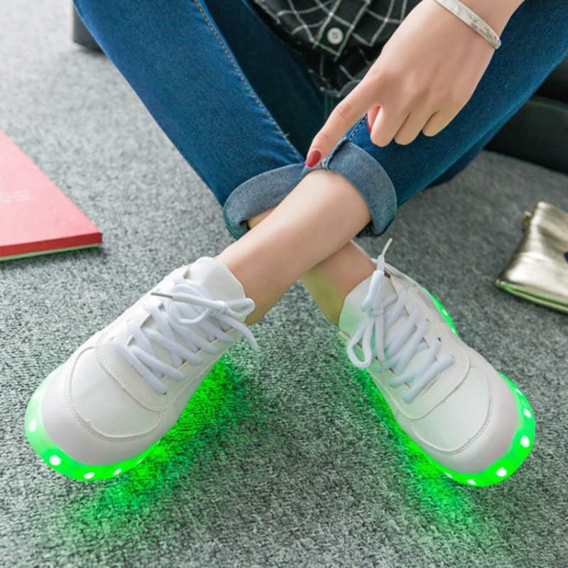 Light Weight Running Shoes For Men Spring Autumn Comfortable Anti Slip Male Shoes Outdoor Walking Sneakers Men Usb Charging Led