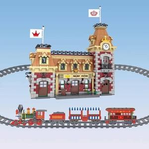 Image 2 - J11001 disney train et gare blocs de construction briques compatibles avec lepingl 71044 jouet éducatif pour enfants cadeau danniversaire