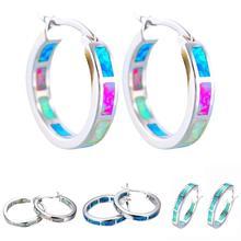 Блестящие и очаровательные женские многоцветные серьги-кольца с искусственным опалом, инкрустированные круглые свсвисающие серьги-кольца, ювелирный подарок, антиаллергенный гипоаллергени безопасбезопасен для ношения