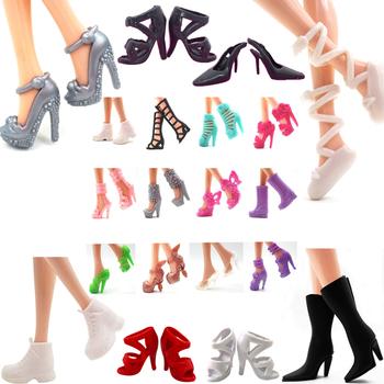 NK najnowsze buty dla lalek szlachetne szpilki modne sandały kolorowe buty dla akcesoria dla lalek Barbie wysokiej jakości zabawki dla dzieci DIY JJ tanie i dobre opinie NK Fantastic Fairyland Z tworzywa sztucznego Doll Shoes Unisex Styl życia Fit For Barbie Doll