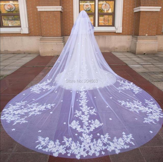 Impresionante velo de novia de dos capas de encaje de lujo con flores, velos de novia de 4 metros de largo con peine M2020