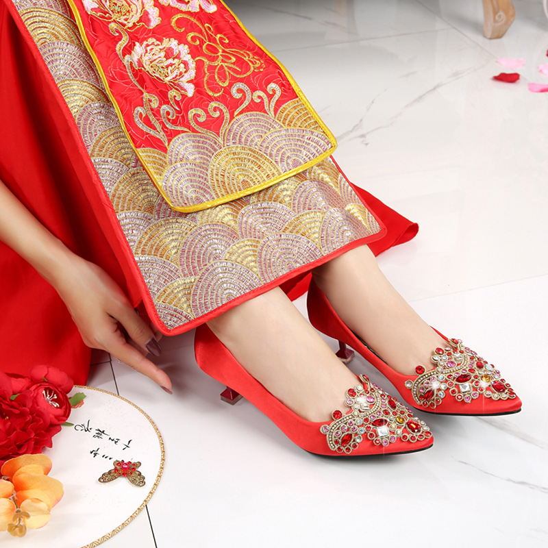Chinese Style Marriage Shoes Man-made Diamond Thin Heeled Semi-high Heeled Xiu Shoes Pointed-Toe Bridal Shoes Wedding Shoes Red