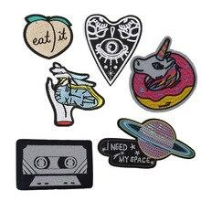 1 piezas Vintage ojos espacio parches de bordado para la camiseta de hierro en rayas cinta de música apliques ropa pegatinas ropa insignias