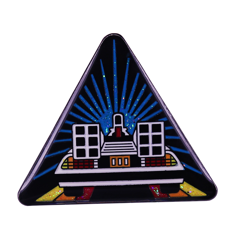 Back To The Future pin Marty McFly Time machine Delorean car Brooch classic Movie Accessory