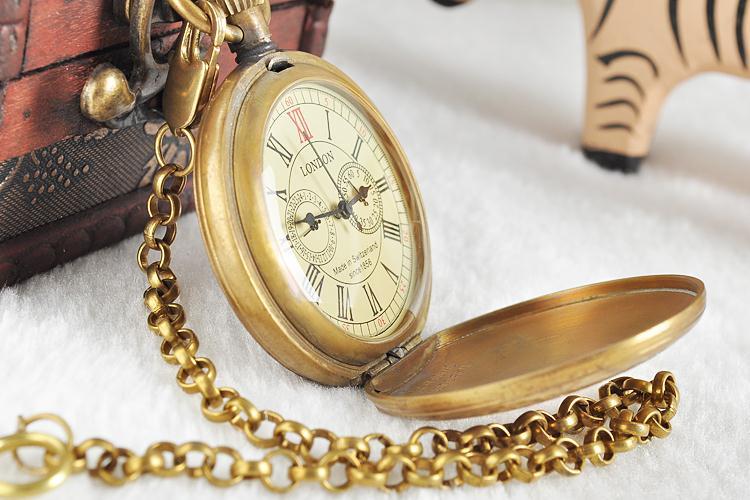 Unisex-Golden-Vintage-Retro-Watch-Men-Alloy-Mechanical-Pocket-Watch-With-Metal-Chain-Steampunk-Watch-Roman (2)
