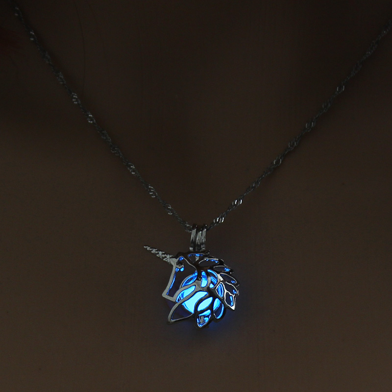 H9c62057d407c4095ab37446c99801bbdO - 3 Colors Glowing In The Dark Lotus Flower Shaped Pendant Necklace Charm Chain Delicacy Necklace Luminous Party Jewelry Women