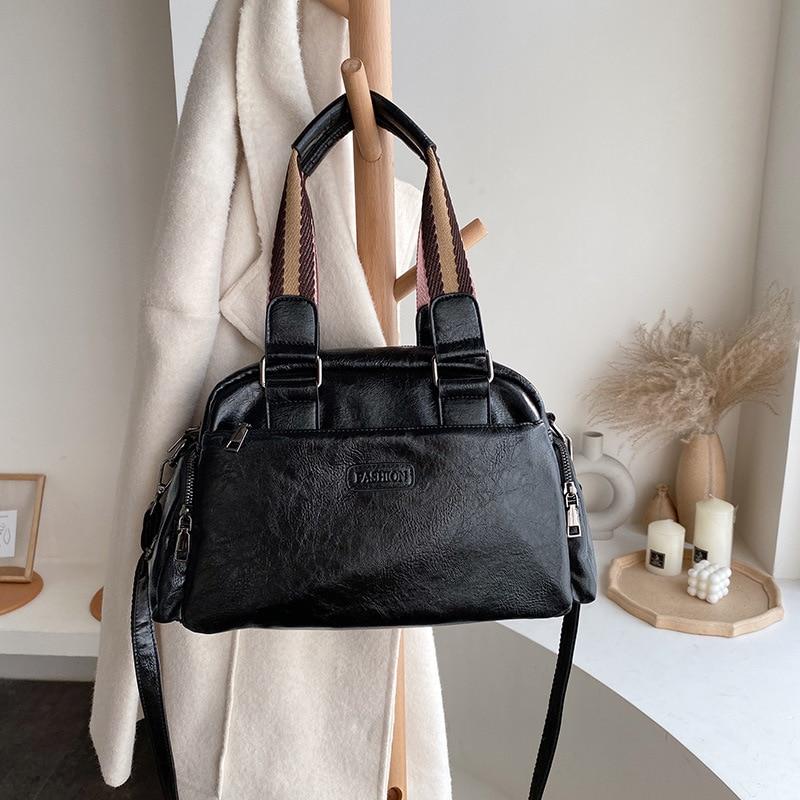 2019 Casual Shoulder Bag Oil PU Leather Handbags Brand Designer Fashion Ladies Large Capacity Tote Pocket Women Crossbody Bags