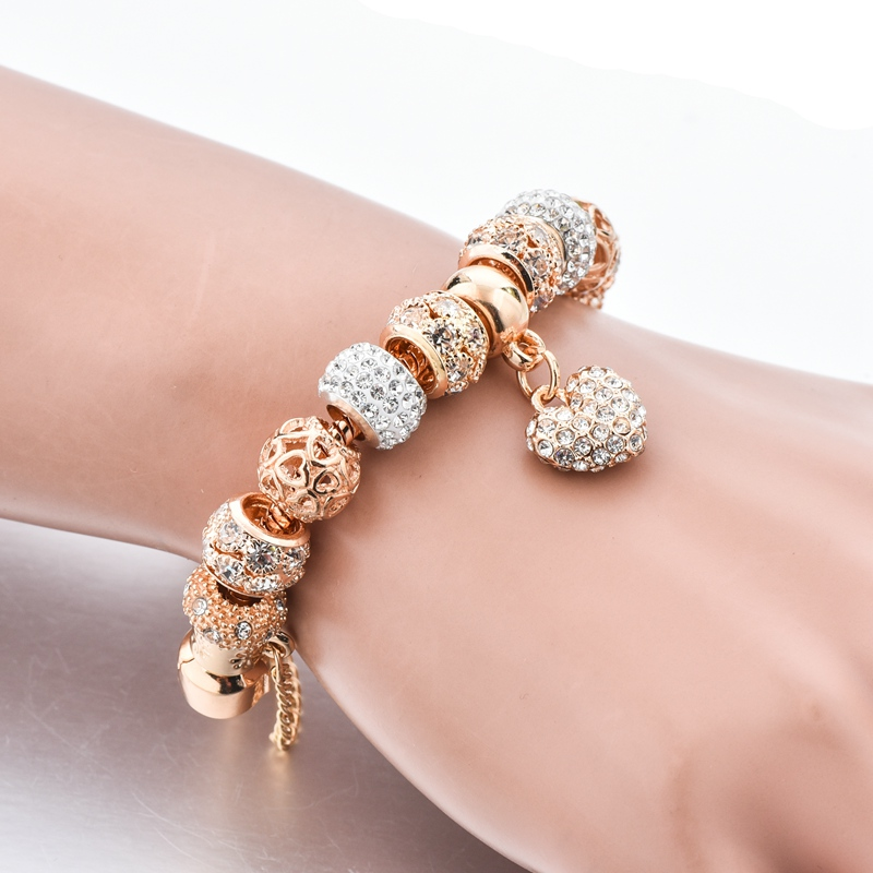 H9c64e79bef1c4bd7b4fb8ebf3a87daaaK Exquisite Crystal Gold Heart Charm Bracelets With Bangles