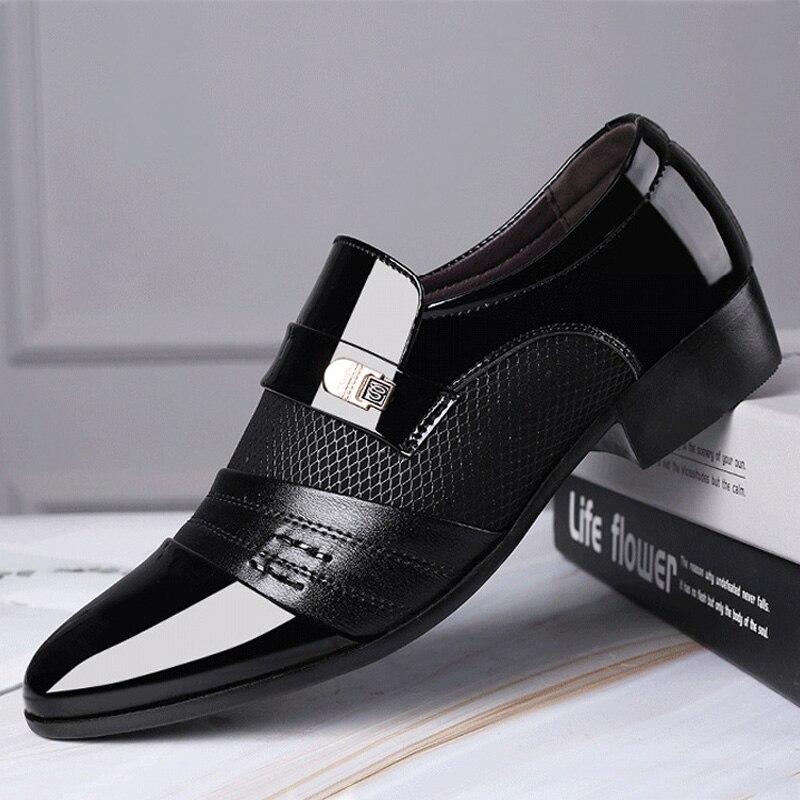 REETENE Fashion Slip On Men Dress Shoes Men Oxfords Fashion Business Dress Men Shoes 2019 New Classic Leather Men'S Suits Shoes