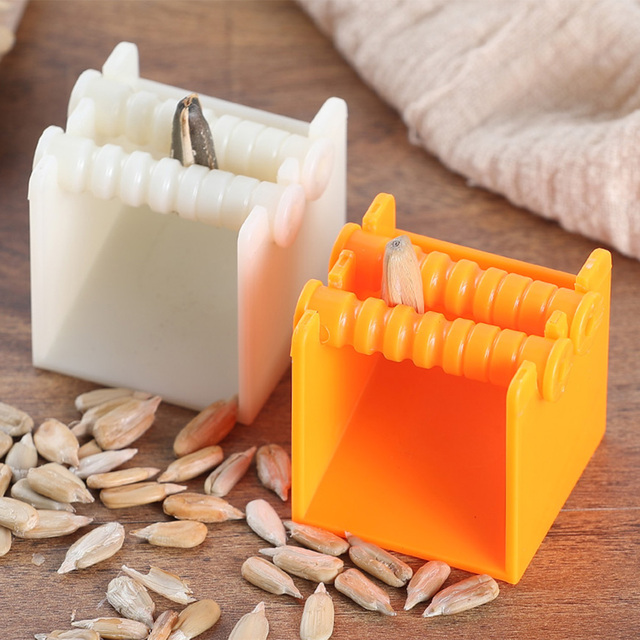 Creative Shelling Machine Opener Peeler Sheller Lazy Cracker Clean Sunflower Melon Seed Peeling Machine Automatic