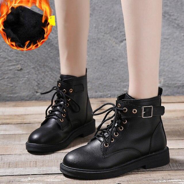 Czarne lakierki damskie buty na platformie zimowy pasek