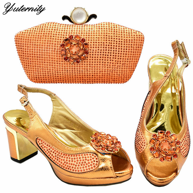 Yuternity Newest Fashion Woman's Sandals Shoes And Bags Set 2020 African Design Applique Shoes And Bag Set For Party Dress