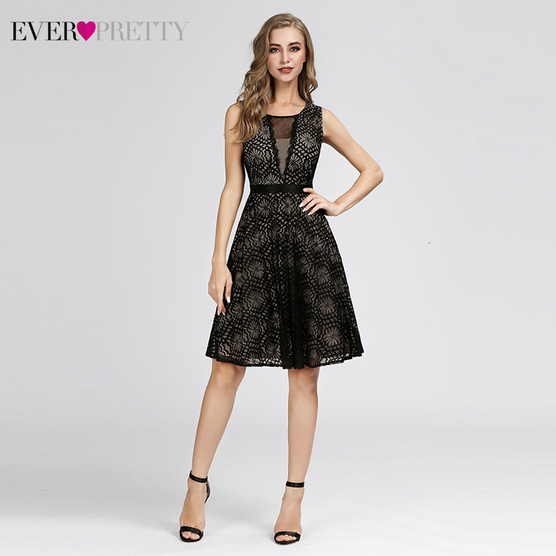 Black Short Cocktail Dresses Ever Pretty A-Line V-Neck Sleeveless Hollow Out Sexy Lace Evening Party Gowns Vestidos De Coctel