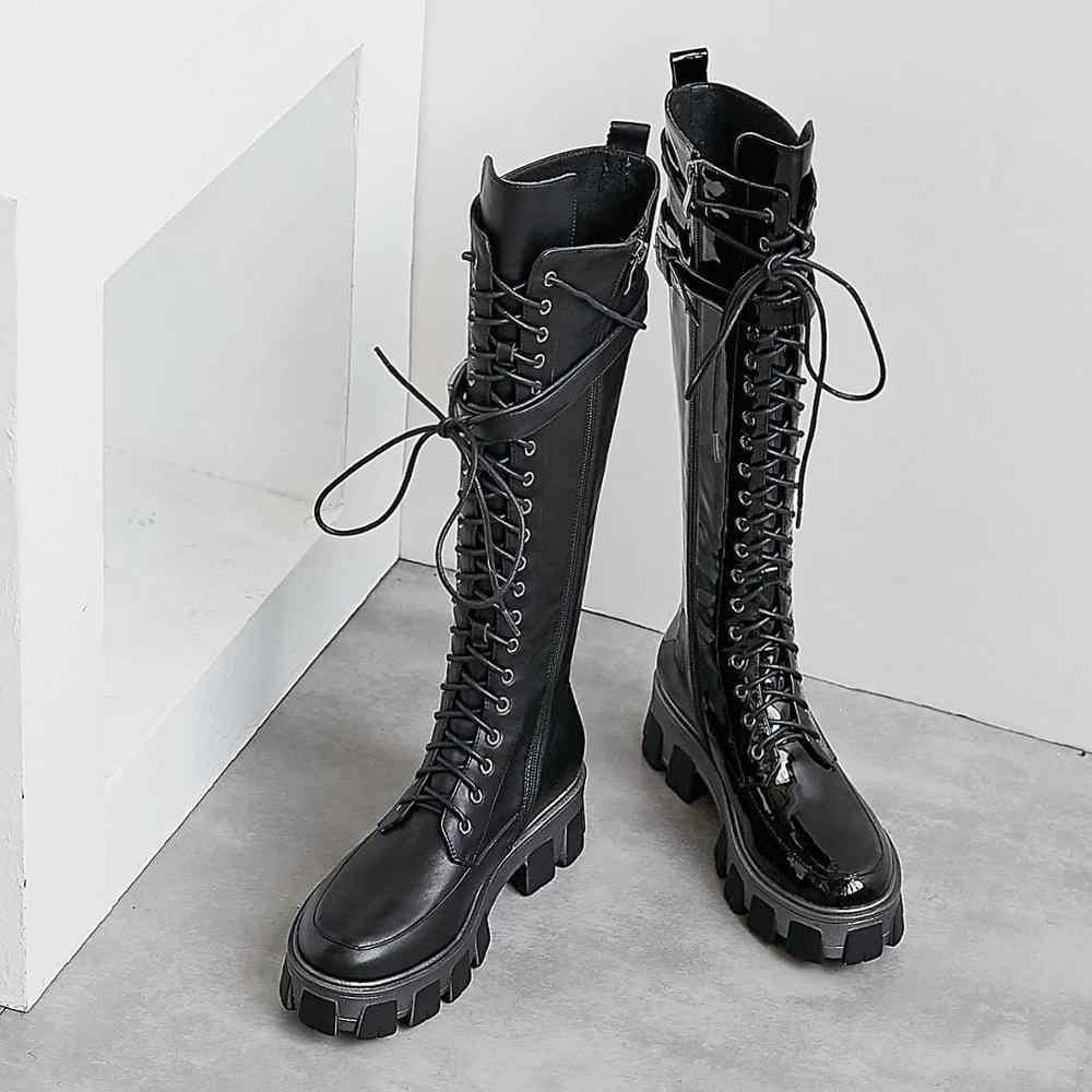 Krazing Nồi mới màu đen da bò đáy dày phối ren khóa dây kéo dây mùa đông nữ mũi tròn đùi cao cấp giày L17