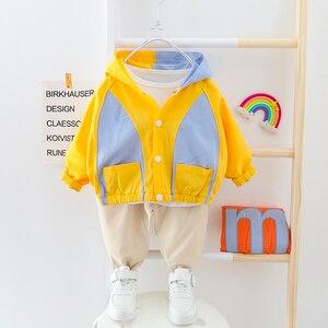 Image 4 - Vestiti del ragazzo Patchwork Vestito Del Bambino Con Cappuccio Cardigan Coat + Pants 2 pezzi/set Bottoni Bambini Outwear Abbigliamento 2 3 4 Anni
