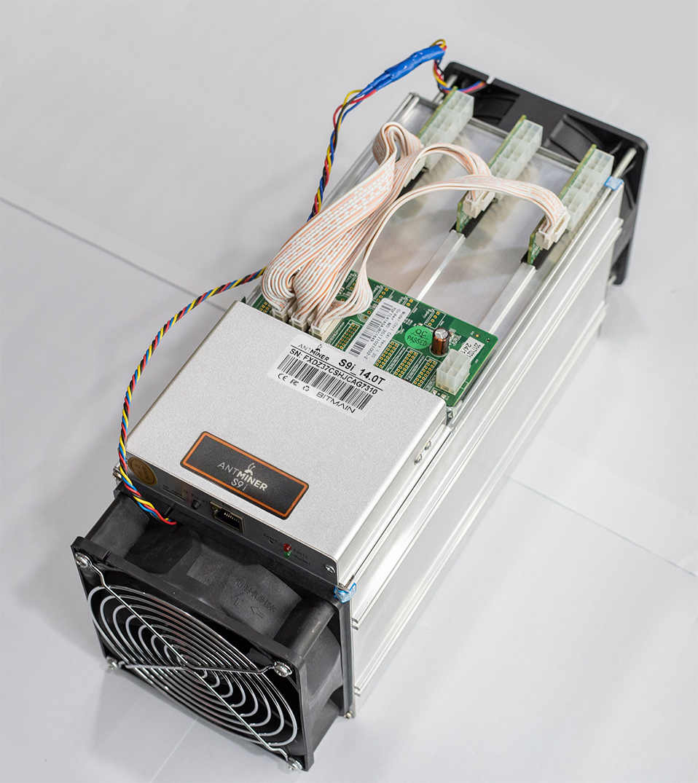 Gebruikt Asic Btc Bch Antminer S9i 90% Nieuwe Bitcoin Miner 14Th Mijnbouw SHA-256 Algoritme 14Th/Voor Een Spower Verbruik 1320W S9k T9 +