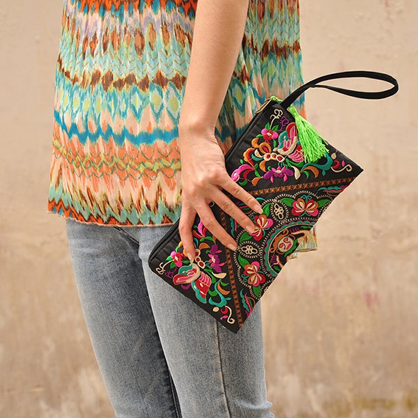 H9c9a2594ec294119b2e7444fc8d4b45cr - US Stock Vintage Ethnic Shoulder Bag Embroidery Boho Hippie Tassel Tote Wallets