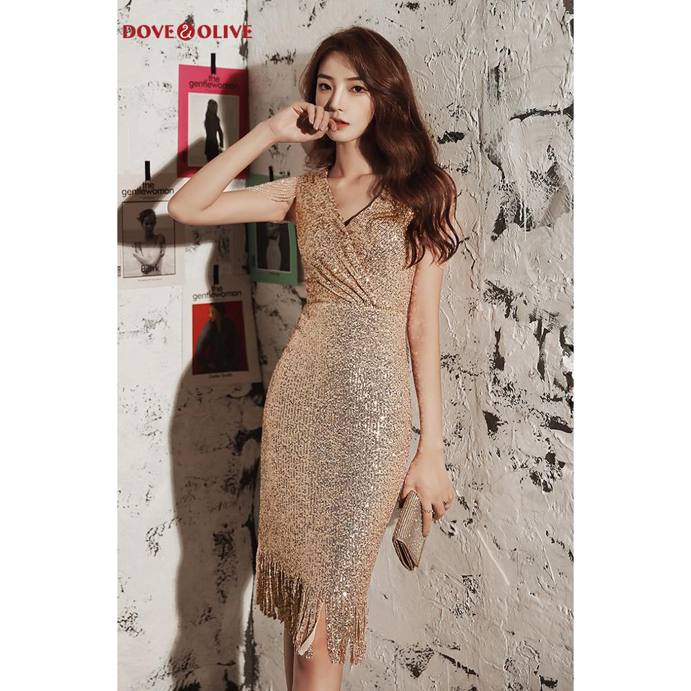 Rose Gold Cocktail Dresses 2020 Knee Length V Neck Sheath Sequined Bling Sparkly Tassel Graduation Prom Formal Party Gowns
