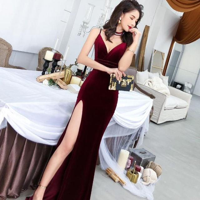 Female 2020 Fashion Sexy Aura Sling Queen Temperament Red   V-neck Office Lady  Polyester  Sleeveless 6