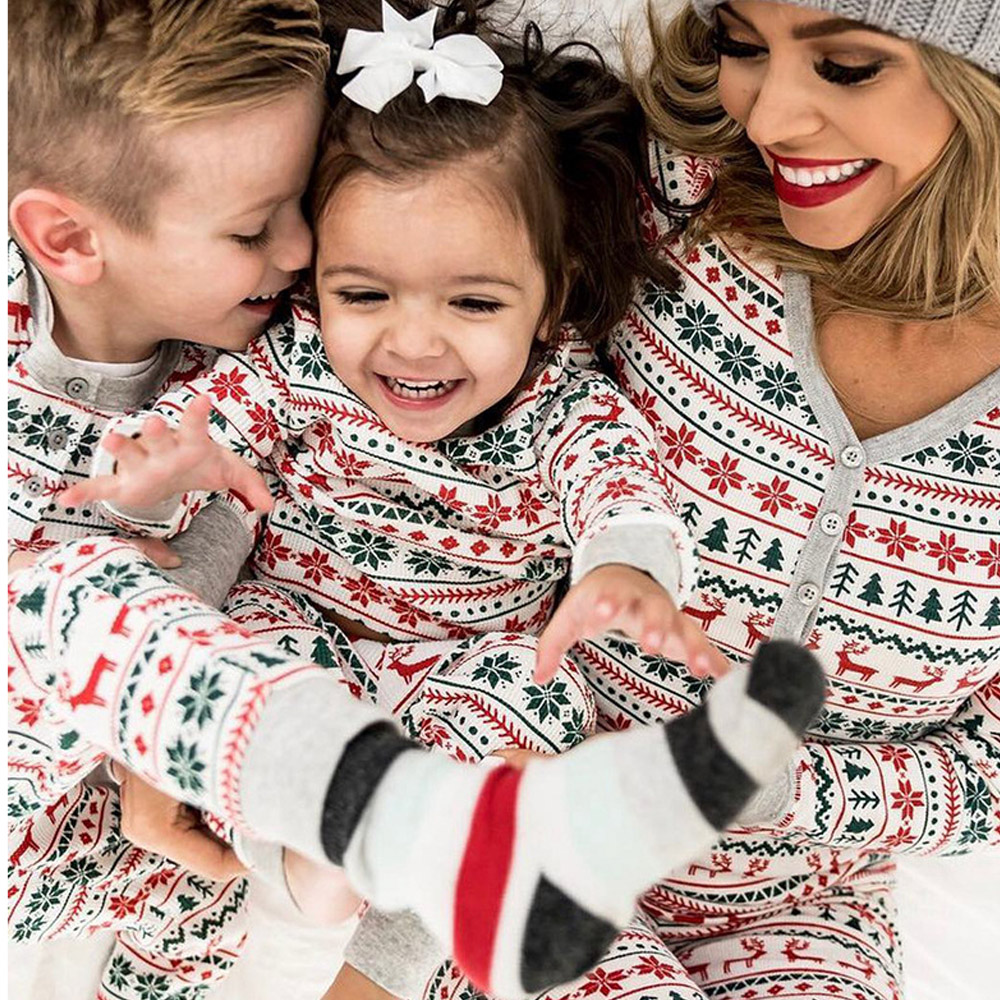 New Christmas Parent-child Pyjamas Autumn And Winter Women Sleepwear Men Home Suit Pajamas Cotton Couple Pajamas Baby  RH640