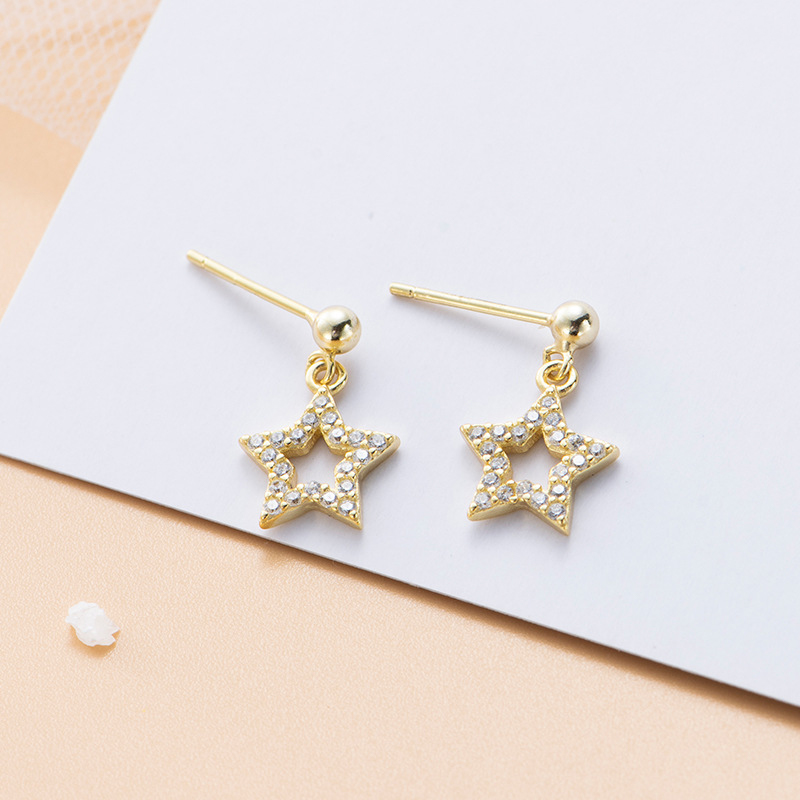 Exquisite Gold Color Hollow Out Star Stud Earrings Elegant Women's Wedding Anniversary Crystal Jewelry Charming Earrings Gifts
