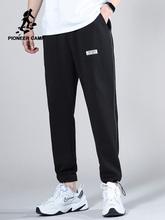 Pioneer Camp 2020 nowe spodnie dresowe męskie lato modna bawełniana projekt czarna porządna kolor męskie spodnie AZZ0108042 tanie tanio Ołówek spodnie Na co dzień Elastyczny pas Mieszkanie Pełnej długości Poliester COTTON REGULAR 28 - 34 Aplikacje Midweight