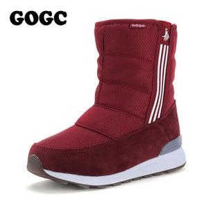 Image 1 - GOGC Warm 방수 Boots 대 한 Women Warm 눈 Boots 2018 Fashion Winter Boots Women 와 털 봉 제 큰 Size 겨울 신발 Women