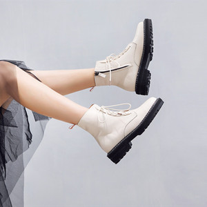 Image 2 - Aiyuqiブーツ女性2020本革の女性のブーツレースアップホワイト冬の女性の靴ノンスリップ女の子マーチンブーツ