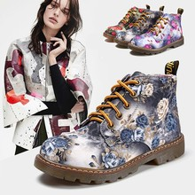 new Fashion England Vintage Women Boots Floral Printed Martin Boots Soft Sole Ankle Boots Lace up Platform Shoes Woman C2-440(China)