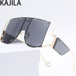 Image 4 - Übergroßen Quadratischen Rihanna Sonnenbrille Frauen Legierung Rahmen Schatten Für Frau Trend Damen Gläser UV400 oculos de sol feminino 2096