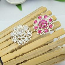 1pc Brooches New Women Rhinestone Crystal Brooch Hollow Out Collar Pin Silver Plated Flower Jewelry hot Woman accesories chic hollow out flower rhinestoned brooch for women