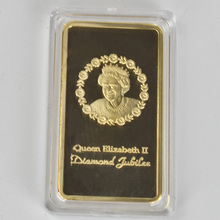 Gold  Coin The Queen Elizabeth II Plated Metal Commemorative For Collection with Senior gift box